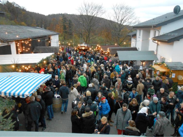 öffnungszeiten Weihnachtsmarkt Heidelberg.Weingut Bauer Veranstaltungen Weihnachtsmarkt